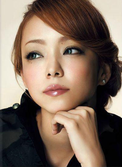 安室奈美恵 - 歌手