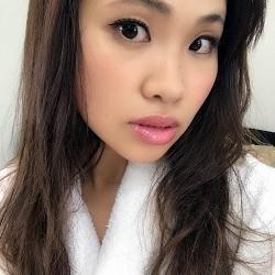 青山真麻 - タレント、旧芸名・矢島愛美など