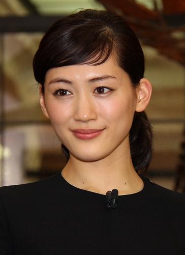 綾瀬はるか - 女優、歌手