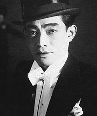 榎本健一 - 俳優、歌手、コメディアン