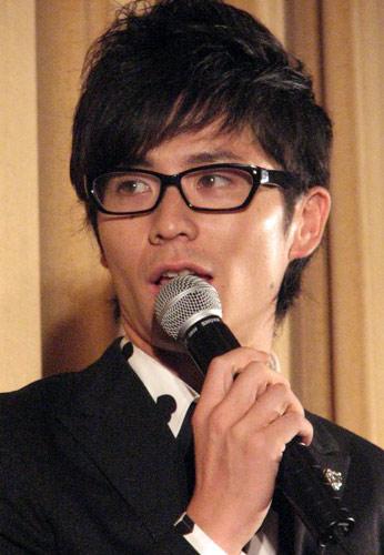 藤森慎吾 - 俳優、歌手、お笑いタレント・オリエンタルラジオ