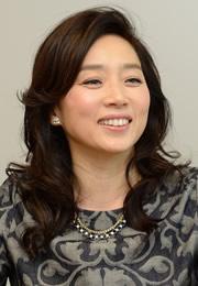 藤吉久美子 - 女優、ナレーター