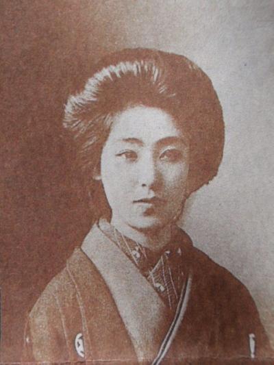 林きむ子 - 日本舞踊家、作家