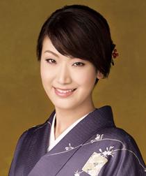 市川由紀乃 - 演歌歌手