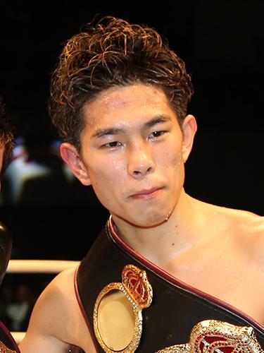 井岡一翔 - プロボクシング選手