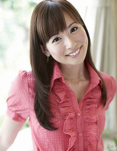 皆藤愛子 - アナウンサー、タレント