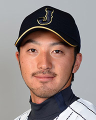 菊池涼介 - プロ野球選手