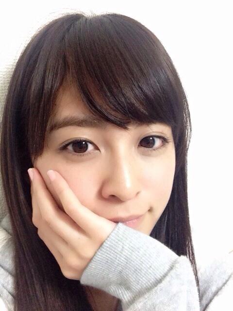 久慈暁子 - アナウンサー、元モデル