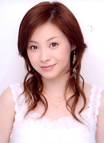 松浦亜弥 - 歌手、女優、タレント