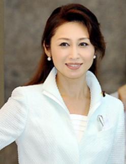 三原じゅん子 - 政治家、元女優、歌手