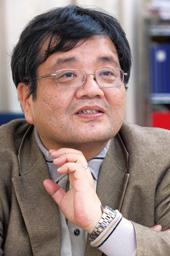 森永卓郎 - 経済評論家、タレント、獨協大学経済学部教授