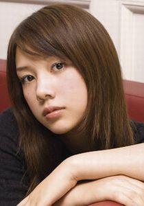 仲里依紗 - モデル、女優