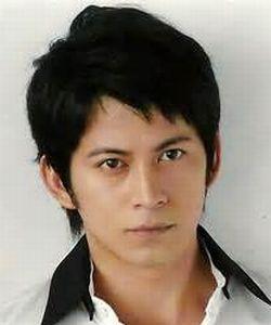 岡田准一 - 俳優、タレント、歌手・V6