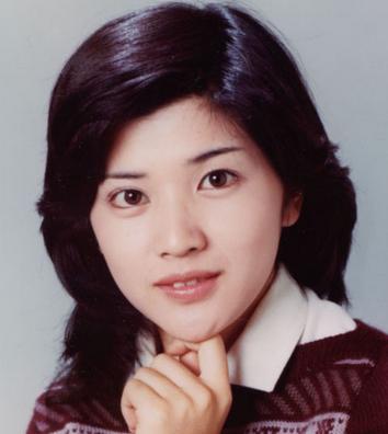 桜田淳子 - 女優、歌手