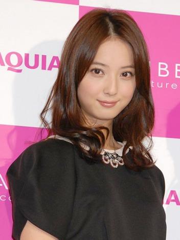 佐々木希 - モデル、女優、歌手