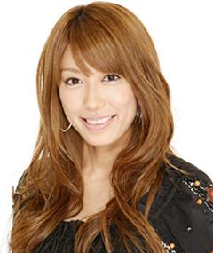 里田まい - タレント、歌手・カントリー娘。