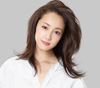 沢尻エリカ - 女優、歌手