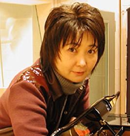 菅井えり - 歌手