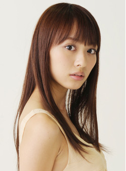 内田理央 - モデル、女優、タレント