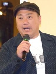 山本圭壱 - お笑いタレント・極楽とんぼ